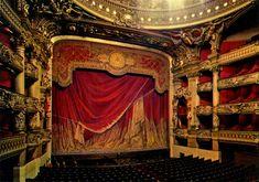 Rideau de scène (Opéra Garnier) Booker T, Paris, Kids Events, Roma, Wanderlust Travel, Valance Curtains, Theatre, Home Decor, Dallas