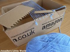 Jennifer's Little World blog - Parenting, craft and travel: Weaving with a cardboard box loom