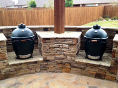 Ways To Choose New Cooking Area Countertops When Kitchen Renovation – Outdoor Kitchen Designs Outdoor Kitchen Countertops, Concrete Countertops, Grill Table, Grill Area, Kamado Grill, Outdoor Kitchen Design, Outdoor Kitchens, Kitchen Gallery, New Cooking