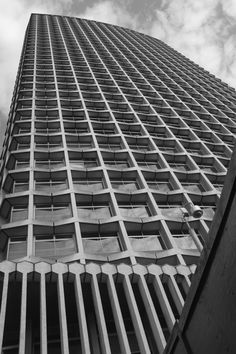 One of my favourite London buildings - Centrepoint