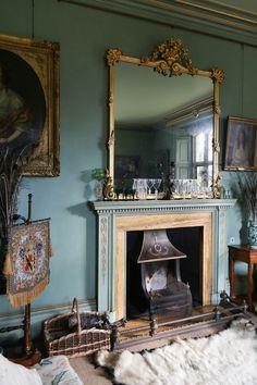 Deans Court Wimborne, Dorset, demeure anglaise historique restaurée avec les peintures Farrow And Ball