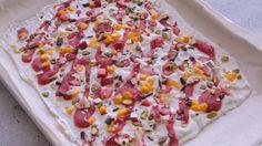 Écorce toute garnie | Cuisine futée, parents pressés Quebec, Frozen Desserts, Hawaiian Pizza, Kids Meals, Summer Time, Sprinkles, Clean Eating, Menu, Sweets