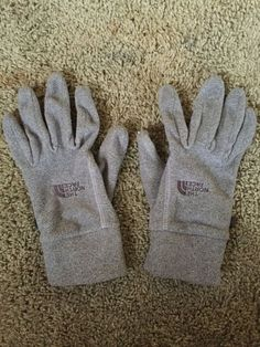 The North Face Cable Knit Mitt New with Tags Vintage White L//XL MSRP $40