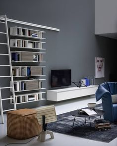 Novamobili Wohnzimmer #livingroom #bookshelf #tvboard #tvwall #bücherregal  #leiter #shelf