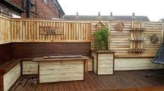 Wooden Pallet Ideas To Make Furniture For Your Home Grey Furniture, Colorful Furniture, Furniture Making, Cool Furniture, Pallet Crates, Wooden Pallets, Make A Table, Sofa Colors, Blue Cushions