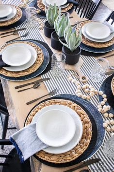 Black and White and navy spring tablescape using a variety of layered place mats and wood tones. Black and White and navy spring tablescape using a variety of layered place mats and wood tones. Click The Link For See Outdoor Table Settings, Table Setting Inspiration, Easter Table Decorations, Thanksgiving Table Settings, Victorian Decor, White Decor, Tablescapes, Place Mats, Diy