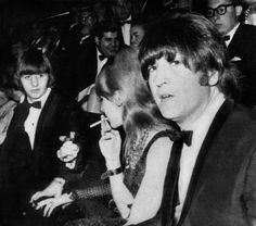 Cynthia Lennon receiving a light for her cigarett from Ringo Starr at The Knack… and how to get it Premier, 1965