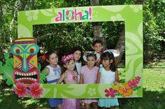 Hawaiian party frame