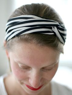 25 DIY scarves, wraps and turbans perfect way to reuse some old t-shirts