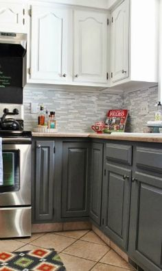 grey-and-white-tile backsplash for kitchen