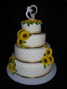 The Art of a Sunflower Wedding Cake