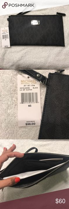 Michael Kors Wristlet NWT Brand new Michael Kors wristlet with tags. Packaging still inside. Slots for credit cards inside. Michael Kors Bags Clutches & Wristlets