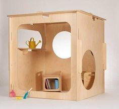 The PlayCube Plywood  slots together in less than a minute allowing your children to play for hours upon hours. Then when you need the space for adults or the the children are not around, the Playcube dismantles flat just as quickly for storage.