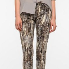 Urban Outfitters BDG Printed Skinnies So obsessed with this print! BDG Cigarette High Rise. These are ankle length. Perfect with boots and a slouchy tee! 25W 30L. Urban Outfitters Jeans Skinny