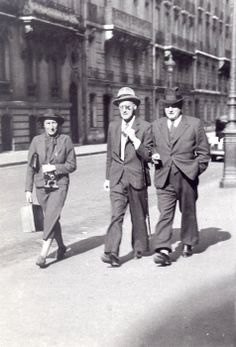 Gisèle Freund, James Joyce y Eugene Jolas , París, 1938-nd
