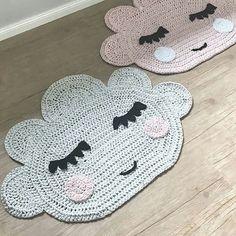 Resultado de imagem para بافت با کاموا تریکو Crochet Mat, Crochet Carpet, Crochet Wool, Cute Crochet, T Shirt Yarn, Sewing Toys, Yarn Crafts, Baby Knitting, Crochet Projects