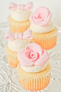 Pretty In Pink ~ Cute Wedding Cupcakes