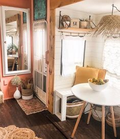 Tiny House Living, Rv Living, My Living Room, Small Living, Rv Interior, Interior Design, Vw Camping, Glamping, Camping Outdoors