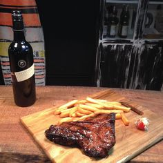 Sunday night blues setting in? Time for one more drink and a big juicy steak before the working week starts again   #BondiGrille #ribs #steak #burgers #chicken #bbq #yummy #dinner #Coolangatta #TweedHeads #Kirra #SnapperRocks #Queensland #Australia #instafood #chef #grill #fresh #instacool #local #smallbusiness #summer #holiday #surf #beach #sun #delicious #wsl #certifiedgrilllover by bondigrille