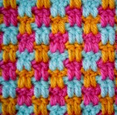 Cool stitch. 2 double crochet, chain 2. On the next row, crochet 2 double into the stitch below, not into the chain 2 space. No pattern or instructions, photo only.