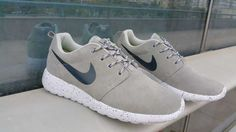 Trainers - Nike Roshe Run Suede Star Promo Mens Grey Blue Black Friday
