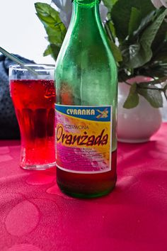 Oldschoold Czerwona Oranzada soda drink