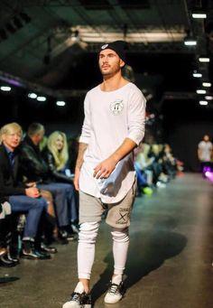 Secret Fashion Show Jussi Design