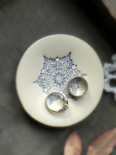 Ceramic Ring Holder Blue Snowflake Ring Dish Icy by Ceraminic