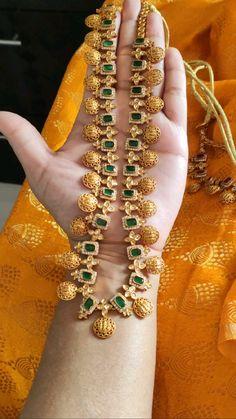 Jewelry Design Earrings, Gold Earrings Designs, Necklace Designs, Pearl Jewelry, Indian Jewelry, Antique Jewelry, Beaded Jewelry, Silver Jewelry, Wedding Jewellery Designs