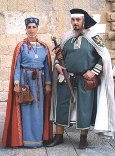Nella and Gherardo Medieval Costume, Medieval Armor, Medieval Dress, Medieval Fantasy, Historical Women, Historical Clothing, Historical Photos, Renaissance Clothing, Medieval Fashion