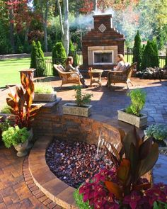Nice water fountain and outdoor patio!