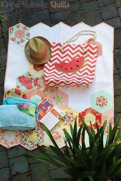 So viele wunderschöne, praktische Sachen sind schon im rahmen der Sommer Blogparty entstanden! Taschen für verschiedene Anlässe, Jause...