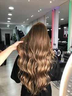 Balayage, Christmas Hairstyles, Cute Hair Colors, Down Hairstyles, Pretty Hairstyles, Hair Heaven, Gold Hair, Brunette Hair, Blonde Hair