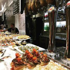 #tapas #pinchos #foodporn #foodlovers #sansebastian #donosti #spain #travel #travelgram #instatravel #instatraveling #ig_travel