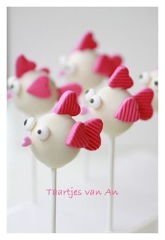 Cute cake pops by Anneke Groetjes?