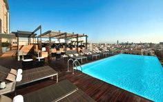 infiniti pool at the Hotel Grand Central Barcelona
