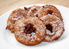 Bundás alma recept foto Hungarian Recipes, Hungarian Food, Onion Rings, Doughnut, Muffin, Food And Drink, Cake, Ethnic Recipes, Sweet