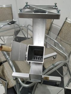 Rocket Stove Design, Grill Gate Design, Stove Heater, Rocket Stoves, Summer Kitchen, Metal Projects, Bbq Grill, Outdoor Cooking, Welding