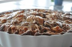 Æblekage med kanel og havregryn - nem og lækker | NOGET I OVNEN Apple Pie Cake, Danish Food, Food Cakes, Candy Recipes, Love Food, Oatmeal, Bakery, Food And Drink, Sweets