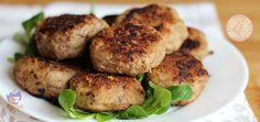 Le polpette carne e ricotta sono facili, gustose e morbidissime. Si possono cuocere sia al forno che in padella e piacciono a tutta la famiglia.