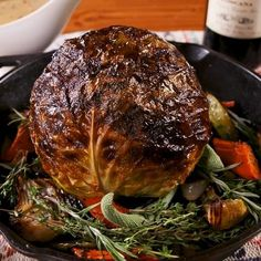 Cabbage Have a vegetarian guest? Make this Thanksgiving cabbage! Get the recipe at .Have a vegetarian guest? Make this Thanksgiving cabbage! Get the recipe at . Cooking Recipes, Healthy Recipes, Fast Recipes, Cooking Ribs, Vegetable Dishes, Vegetable Recipes, Holiday Recipes, Dinner Recipes, Butter Mushroom