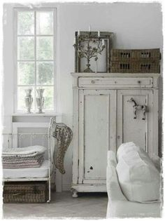 Vintage by nina http://www.pinterest.com/littlelargo/for-the-home/
