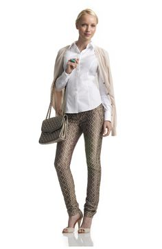 Women's CLASSIC BUTTON-FRONT Shirt in White Cotton - InStyle Essentials -shirts by bra size!!!!