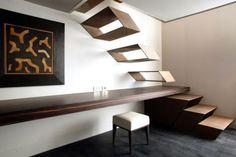 Diseño de vanguardia para esta escalera interior ...Te la diseñamos como tu quieras!!!