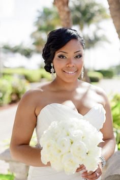 beautiful bride makeup | photo: elaine palladino photography | 30+ Wedding Makeup Mistakes to Avoid via http://emmalinebride.com/bride/wedding-makeup-mistakes