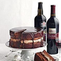 Pairing wine with chocolate cake.