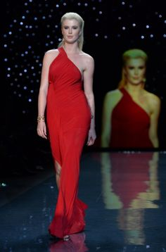 Styled covergirl, Ireland Baldwin, supported the American Heart Association at the Heart Truth fashion show.