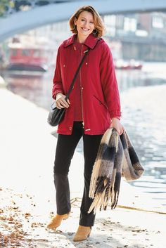 Smart yet cosy, with gold trims for a dash of glamour. Raincoat, Glamour, Winter, Red, Jackets, Blue, Fashion, Rain Jacket, Winter Time