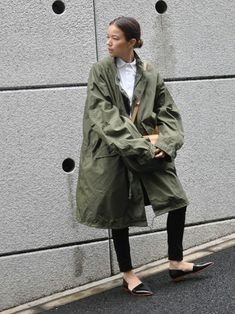 羽織るだけでこなれ見え♡ミリタリーコートの今年っぽコーデ in 2020 Cute Spring Outfits, Fall Winter Outfits, Trendy Outfits, Cool Outfits, Winter Fashion, Fashion Outfits, Womens Fashion, Minimal Fashion, Urban Fashion