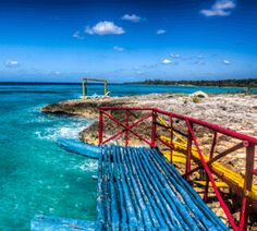 Playa Larga Cuba - Getting to #PlayaLarga is rather simple, especially if you Rent a car in #Cuba. There are also various excursions from #Varadero and #Havana which include the Cienaga de Zapata National Park and Playa Larga in the same trip. http://cubaplayalarga.com